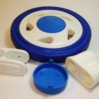 Пластиковые детали игрушек